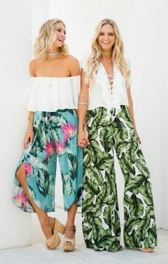 21 Unusual Boho Outfit Ideas For Women Will Love 10
