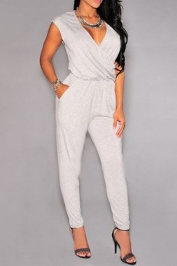 17 Outstanding Jumpsuit Outfits Ideas 07