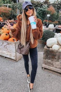 17 Stunning Fall Outfits Ideas To Copy Right Now 05