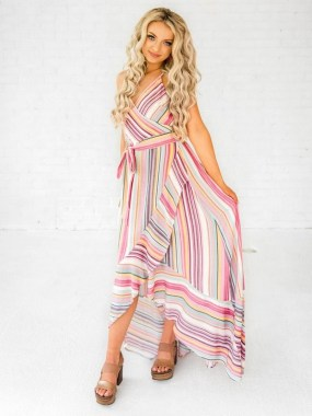 18 Adorable Maxi Dresses You Will Never Want To Take Off 02