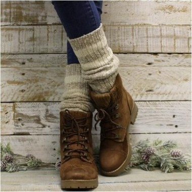 18 Awesome Sock Boots Winter Outfits Ideas 04
