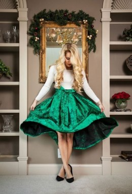 19 Simple Christmas Outfits Ideas To Recreate For Holidays 13