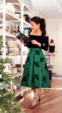 19 Simple Christmas Outfits Ideas To Recreate For Holidays 16