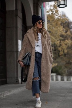 20 Adorable Women Winter Coat Ideas 05