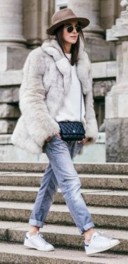 20 Adorable Women Winter Coat Ideas 08