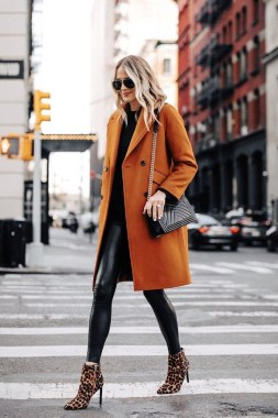 20 Adorable Women Winter Coat Ideas 14