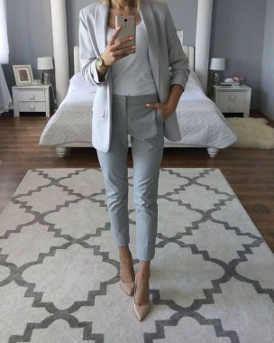 20 Cool And Fashionable Work Outfits For Women 21 1