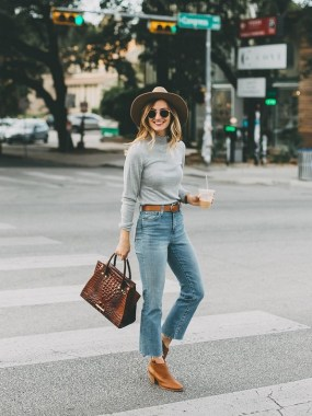 20 Trending Crop Jeans Winter Outfits Ideas 24