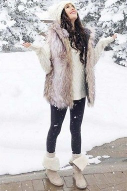 21 Charming Outfits Ideas For Winter 24