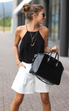 21 Fascinating Black And White Summer Outfit Ideas 13