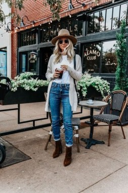 21 Fashionable Fall Outfits Ideas You Should Try 13 1