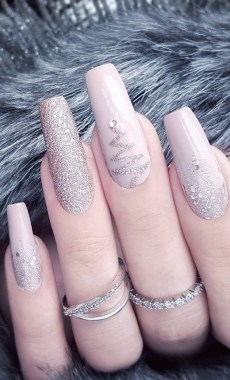 21 Free Nail Art Jazz Up Your Nails For The Party Season New 2019 07