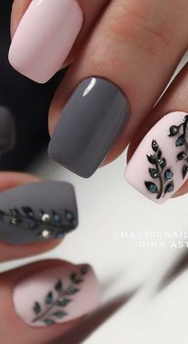 21 Free Nail Art Jazz Up Your Nails For The Party Season New 2019 09