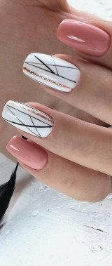 21 Free Nail Art Jazz Up Your Nails For The Party Season New 2019 11