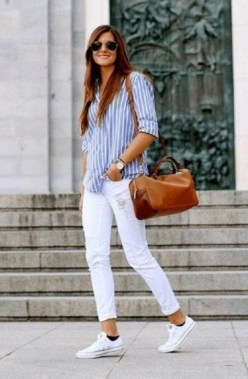23 Casual Chic White Sneakers Ideas To Wear 01 1