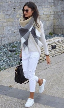 23 Casual Chic White Sneakers Ideas To Wear 07