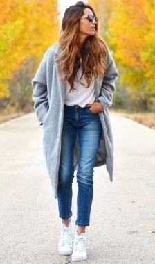 23 Casual Chic White Sneakers Ideas To Wear 21