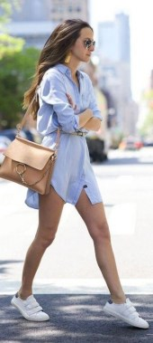 23 Casual Chic White Sneakers Ideas To Wear 30