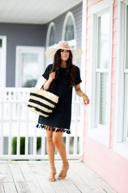 25 Gorgeous Little Black Summer Dress Ideas 22