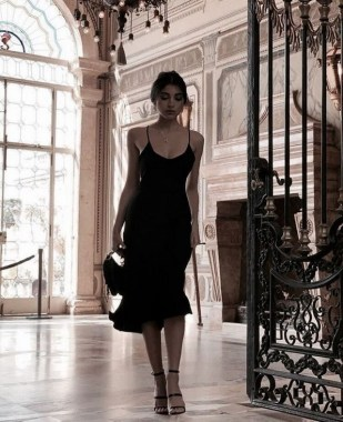 25 Gorgeous Little Black Summer Dress Ideas 29