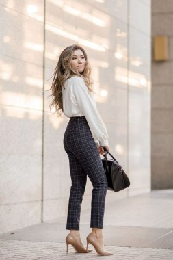25 Inspiring Pretty Day To Night Outfit You Have To Try 31