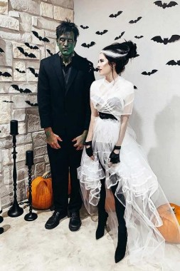 26 Unique And Creative Halloween Couples Costumes Ideas 09