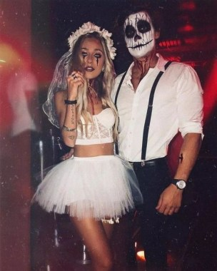 26 Unique And Creative Halloween Couples Costumes Ideas 21
