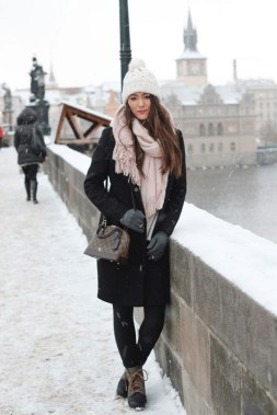 20 Best Winter Jacket Options To Face Extreme Cold Weather 06