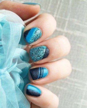 20 Fashionable Patterns For Winter Nail Arts 02