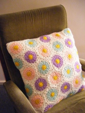 21 Free Knitted Pillows For Home Decoration New 18