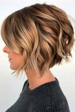 21 Popular Bob Haircut With Bangs You Should Try 24