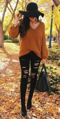 22 Thanksgiving Outfit Trends For Women You Should Try 25