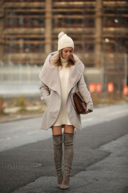22 Ways To Combine Winter Boots And Sweaters 23