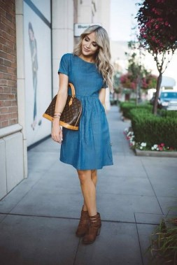 23 How To Wear Denim For Casual Thanksgiving Outfits 20