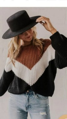 23 Top Crochet Fashion Share Their Go To Winter Styling Tips 20