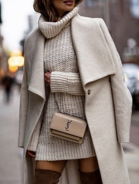 23 Top Crochet Fashion Share Their Go To Winter Styling Tips 33