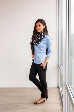 23 Ways To Wear Scarf For Thanksgiving And Christmas 13