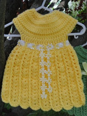 26 Free Precious Crochet Newborn Dress Patterns 10