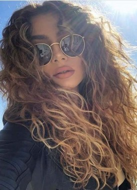 27 Grab That Elegance With Curly Hair Ideas Now 28