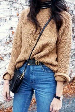 27 Trendy Ways To Wear Knitted Winter Sweaters 06