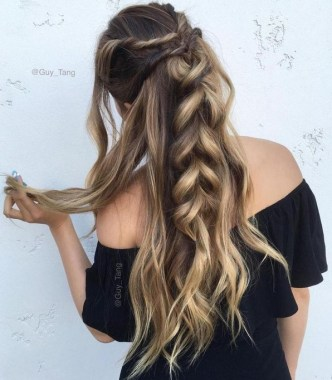 28 Long Hairstyles That Rock Your Style 18