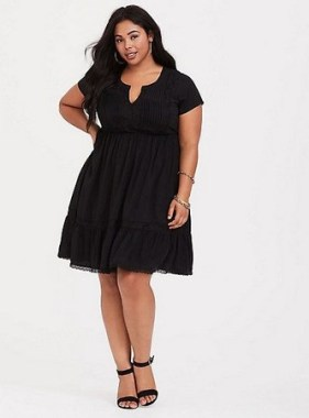 28 Rules To Choose The Best Dresses For Plus Size Women 11