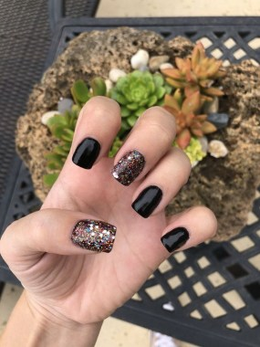 29 Beautiful And Luxurius Nail Design For Party 08