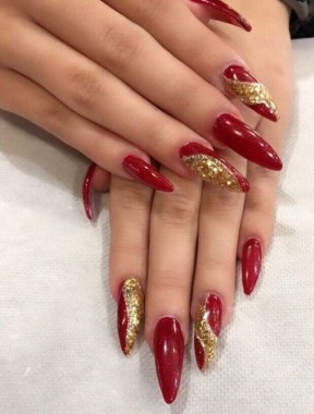 29 Beautiful And Luxurius Nail Design For Party 12