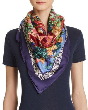 29 Do These To Style Your Fancy Silk Scarves 14