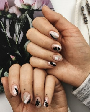 30 Are You A Beginner Polish Your Nails With These Easy Nail Art 02