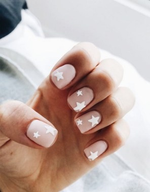 30 Are You A Beginner Polish Your Nails With These Easy Nail Art 04