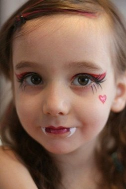 30 Best Halloween Makeup Ideas For Kids To Inspire 15