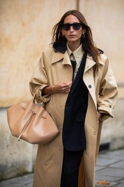 33 Fashionable Winter Coats From Paris Fashion Week 12
