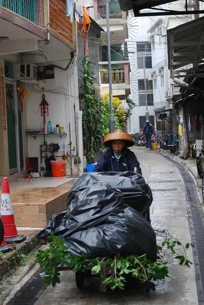 Anciana en Tai O